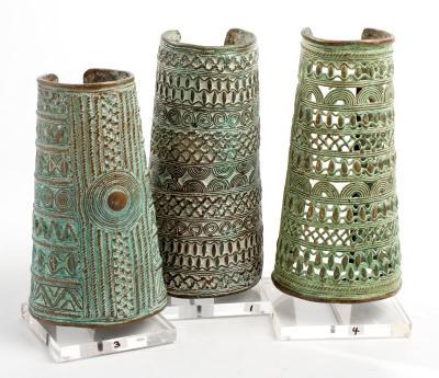 Benin bronze cuff lrg (Benin)