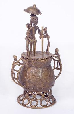 ASANTI 'KUDUO' BOX (GHANA)