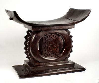 Asanti stool