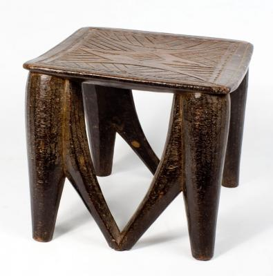 Nupe stool rect (Nigeria)